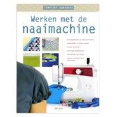 Werken met de naaimachine