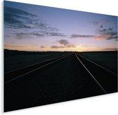 Een spoorweg bij de woestijn van de VS Plexiglas 160x120 cm - Foto print op Glas (Plexiglas wanddecoratie) XXL / Groot formaat!