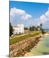 Het Sri Lankaanse Fort Galle met de zee op de voorgrond Aluminium 60x80 cm - Foto print op Aluminium (metaal wanddecoratie)