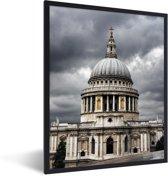Foto in lijst - Symmetrische weergave van de St Paul's Cathedral fotolijst zwart 30x40 cm - Poster in lijst (Wanddecoratie woonkamer / slaapkamer)