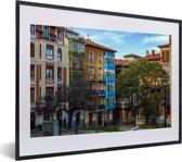 Foto in lijst - Kleurrijke huizen in Panama Stad fotolijst zwart met witte passe-partout klein 40x30 cm - Poster in lijst (Wanddecoratie woonkamer / slaapkamer)
