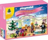 """Playmobil Adventskalender """"Kerstavond"""" met verlichte boom - 5496"""