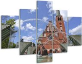 Glasschilderij Kerk | Blauw, Grijs, Bruin | 100x70cm 5Luik | Foto print op Glas |  F006067