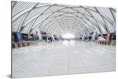 Treinstation in de Chinese stad Tianjin Aluminium 180x120 cm - Foto print op Aluminium (metaal wanddecoratie) XXL / Groot formaat!