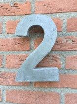 Betonnen huisnummer, hoogte 20cm, huisnummer beton cijfer 2