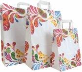 50x  Papieren tassen type Ibiza met vrolijke kleurtjes Kies hier voor de maat van de tassen: 45x15x49cm