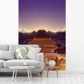 Fotobehang vinyl - Het paleis van Beijing verlichting bij Verboden Stad breedte 270 cm x hoogte 400 cm - Foto print op behang (in 7 formaten beschikbaar)