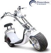Electrische scooter met uniek Harley Design, mat zwart met blauw kenteken (maximaal 25 km/u)