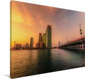 Een kleurrijke zonsondergang boven Abu Dhabi in Azië Canvas 120x80 cm - Foto print op Canvas schilderij (Wanddecoratie woonkamer / slaapkamer)