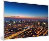 Foto in lijst - Skyline van Manila tijdens schemering fotolijst wit 60x40 cm - Poster in lijst (Wanddecoratie woonkamer / slaapkamer)