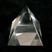 Kristal Piramide 6x6x6cm handgemaakt ambacht