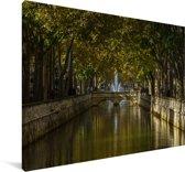 Park in het centrum van het Franse Nîmes Canvas 30x20 cm - klein - Foto print op Canvas schilderij (Wanddecoratie woonkamer / slaapkamer) / Europese steden Canvas Schilderijen