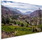 De Peruviaanse Colca Canyon met groen gras Plexiglas 90x60 cm - Foto print op Glas (Plexiglas wanddecoratie)