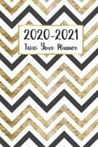 2020-2021 Two Year Planner: Zig Zag Cover - 2020-2021 Two Year Monthly Calendar Pocket Planner - 24 Months with Holiday Jan 2020 to Dec 2021 - Pla