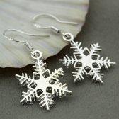 Oorbellen met sneeuwvlok en hanger