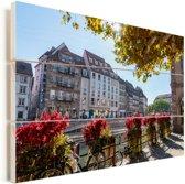 Het stadscentrum van Freiburg in Duitsland Vurenhout met planken 120x80 cm - Foto print op Hout (Wanddecoratie)