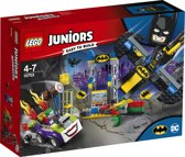 LEGO Juniors The Joker Batgrot Aanval - 10753