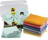 Kraamcadeau-Totemdiertjes-Hydrofiel-deken-middel-geel- geschenkpakket- handgemaakt- baby- musthave- onderweg