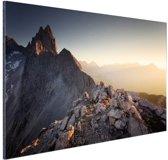 Uitzicht over de bergen Aluminium 90x60 cm - Foto print op Aluminium (metaal wanddecoratie)