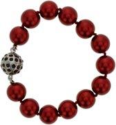 Rode parelarmband met bolvormige magneetsluiting met steentjes