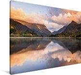 Weerspiegeling van het nationaal park Snowdonia Canvas 140x90 cm - Foto print op Canvas schilderij (Wanddecoratie woonkamer / slaapkamer)