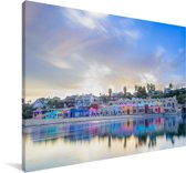 Kleurrijk dorp aan de rand van de zee in Santa Cruz Californië Canvas 180x120 cm - Foto print op Canvas schilderij (Wanddecoratie woonkamer / slaapkamer) XXL / Groot formaat!