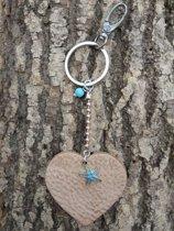 Stoere sleutelhanger/tashanger met hart (leer)