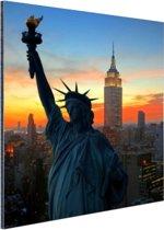 Vrijheidsbeeld met NY Skyline Aluminium 40x60 cm - Foto print op Aluminium (metaal wanddecoratie)