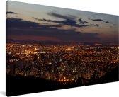 Nachtfoto van de stad Belo Horizonte in het zuidoosten van Brazilië Canvas 80x40 cm - Foto print op Canvas schilderij (Wanddecoratie woonkamer / slaapkamer)