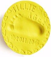 Klei afdruk hand / voet (2 stuk, kleur geel) - Goedkoper alternatief gipsafdruk baby