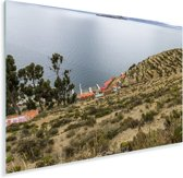 Uitzicht op water en haven op Isla del Sol Bolivia Plexiglas 90x60 cm - Foto print op Glas (Plexiglas wanddecoratie)