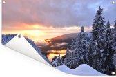 Zonsondergang over het Noord-Amerikaanse Grouse Mountain in Canada Tuinposter 120x80 cm - Tuindoek / Buitencanvas / Schilderijen voor buiten (tuin decoratie)