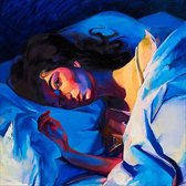 CD cover van Melodrama (Limited Deluxe Edition, Coloured Vinyl)) (LP) van Lorde