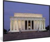 Foto in lijst - Het Lincoln Memorial in de schemering in Amerika fotolijst zwart 60x40 cm - Poster in lijst (Wanddecoratie woonkamer / slaapkamer)