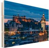 Het Schotse centrum van Edinburgh tijdens de nacht Vurenhout met planken 90x60 cm - Foto print op Hout (Wanddecoratie)