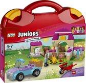 LEGO Juniors Friends Mia's Boerderijkoffer - 10746