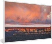 Foto in lijst - Rotsen in Nationaal park Blue Mountains in Oceanië fotolijst wit 60x40 cm - Poster in lijst (Wanddecoratie woonkamer / slaapkamer)