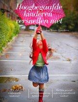 Hoogbegaafde kinderen versnellen niet