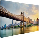FotoCadeau.nl - Queensboro Bridge New York Canvas 60x40 cm - Foto print op Canvas schilderij (Wanddecoratie)