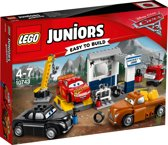 LEGO Juniors Cars 3 Smokeys Garage - 10743