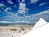 Blauwe lucht met wolken op strand van Isla Mujeres in Mexico Poster 40x30 cm - klein - Foto print op Poster (wanddecoratie woonkamer / slaapkamer)