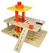 Houten speelgoed garage met lift en auto's