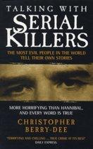 Omslag van 'Talking with Serial Killers'