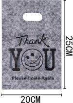100 stuks plastic tasjes smiley / thank you 20 x 25 cm