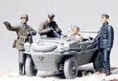 Tamiya German Pz Div Front Line Recon Schwimmwagen Figure Set