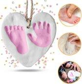 Kwalitatieve baby voet- en hand afdruk set - klei afdruk in hartjes vorm - Voetafdruk - Handafdruk - Babyafdruk set - Kraamcadeau - Baby voetje afdruk - Baby handje afdruk - Baby geschenk - Baby herinnering - Wit