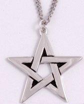 Pentagram hanger van St Justin