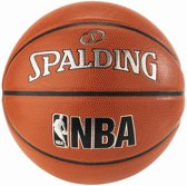 Spalding Junior NBA Indoor/Outdoor Basketbal Maat 6
