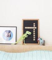 LEDR® Oldschool Letterbord 30 x 45 Zwart – Inclusief 200 letters, symbolen & emoticons - Inclusief verstelbaar standaard - Eiken houten frame