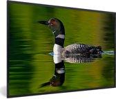 Foto in lijst - Reflectie van een Ijsduiker fotolijst zwart 60x40 cm - Poster in lijst (Wanddecoratie woonkamer / slaapkamer)